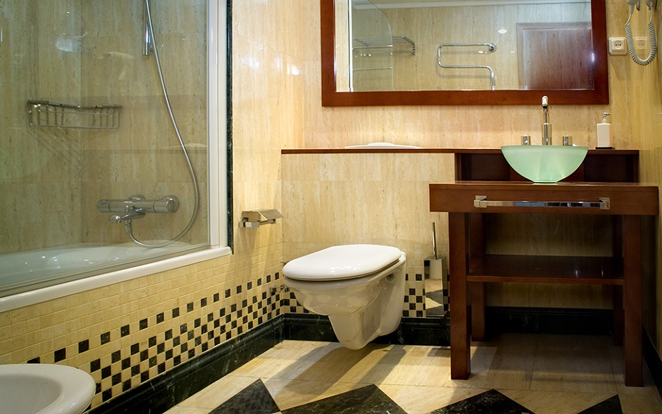 Sanitrade bagni prefabbricati moduli bagni prefabbricati cellule ...