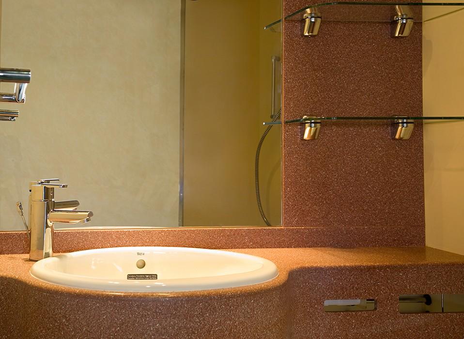 Sanitrade bagni prefabbricati moduli bagno prefabbricati ...